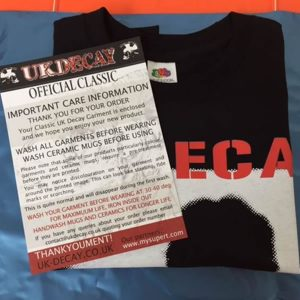 Unexpected Guest 2015 package black T Shirt